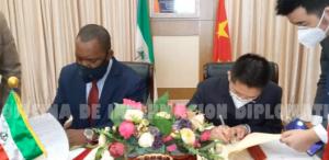 Guinea Ecuatorial firma con China el acuerdo complementario para la construcción de un hospital en Niefang